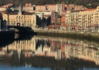 Bilbao town hall and the river - Guided Tours