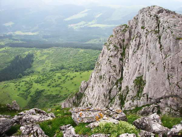 Itxina Mountain - Guided Routes in Basque Country